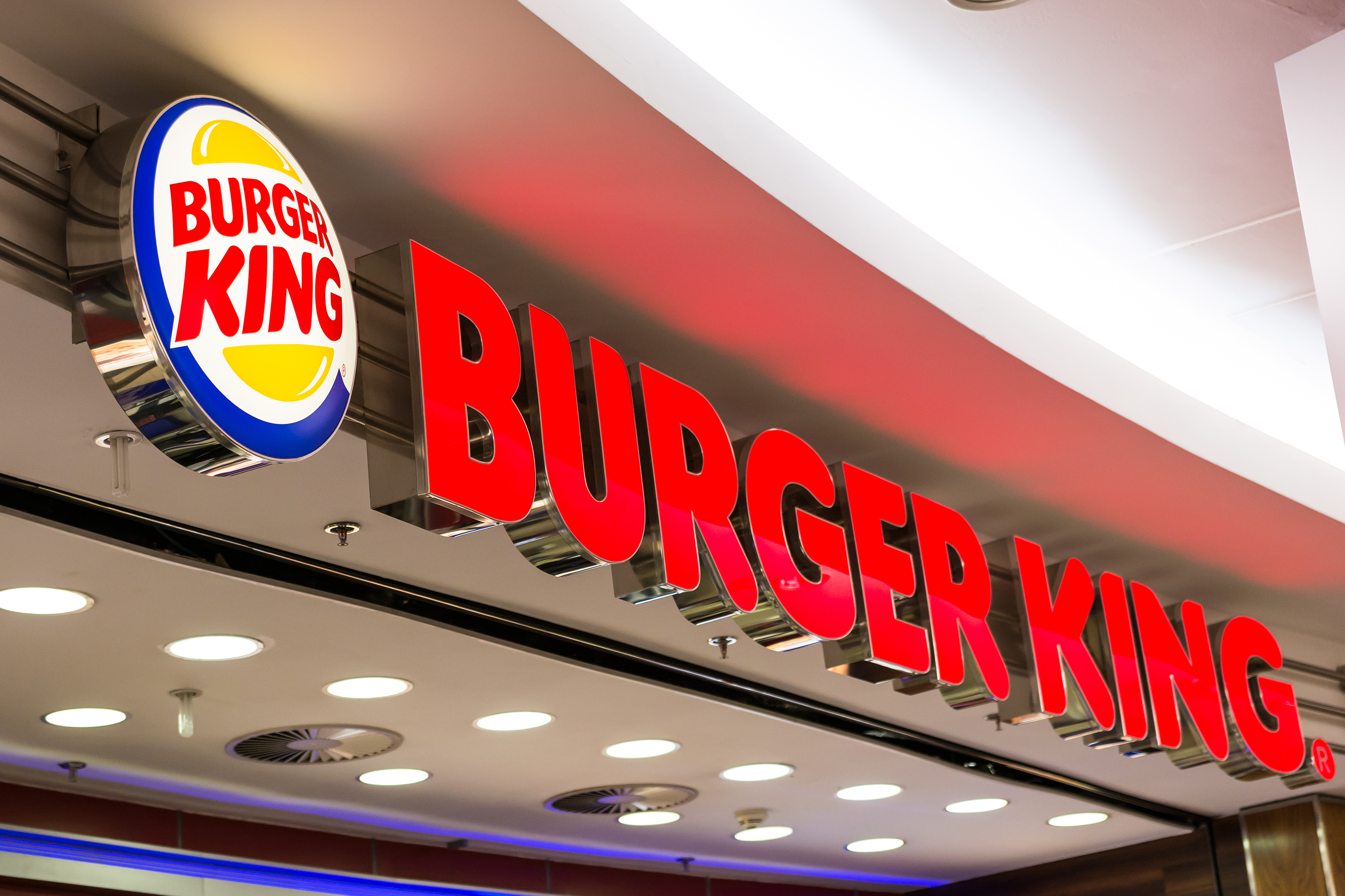 Burger King Cuts Cruelty to its Poultry